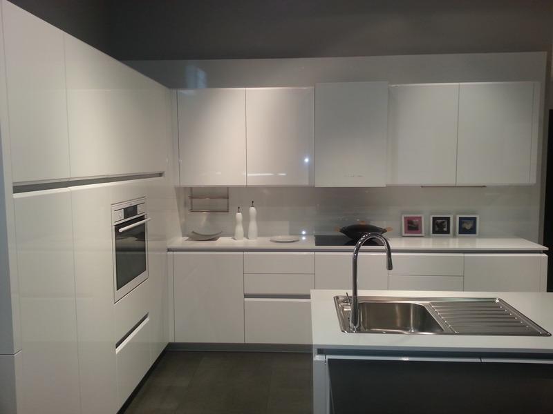 Cocinas cocinas anman - Cocinas blancas lacadas ...